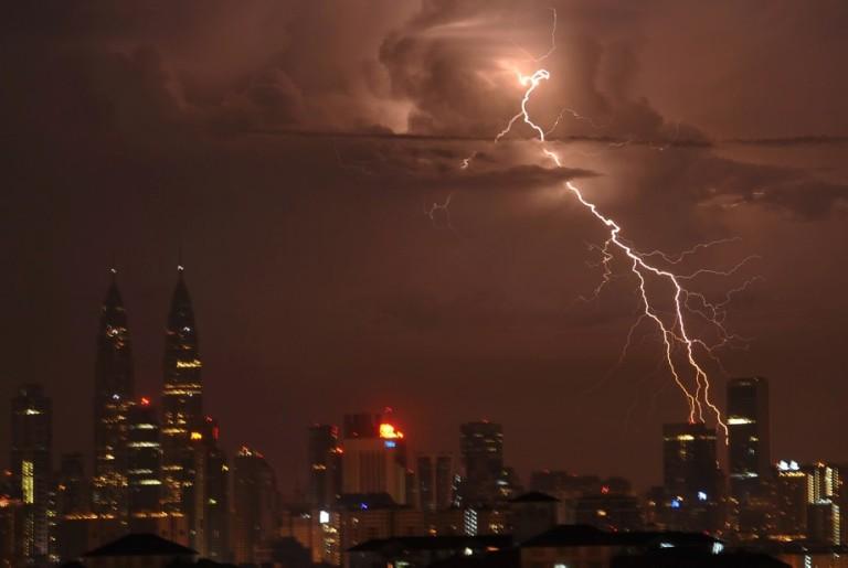 Lighting strike in Ampang at Kuala Lumpur. Photo by Firdaus Latif