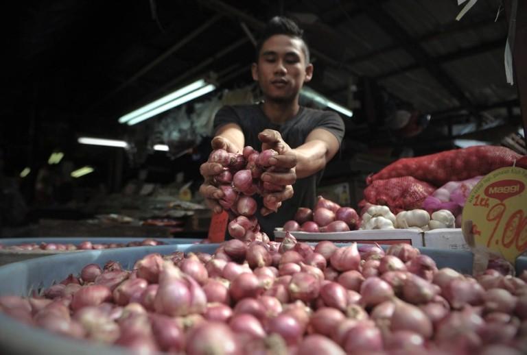 Price checks in wet markets