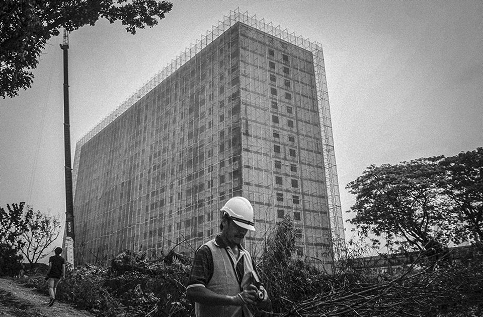 construction of pekeliling flats kuala lumpur The kuala lumpur tower (malay: menara kuala lumpur  is a tall tower located in kuala lumpur, malaysia its construction was completed on 1 march  pekeliling flats.